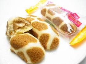 空港&百貨店限定で購入できるキリン模様がカワイイ『東京ばな奈バナナプリン味』